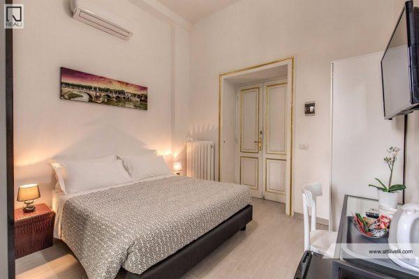 Trastevere – Albergo (edif.) 4 locali € 140.000 AT406