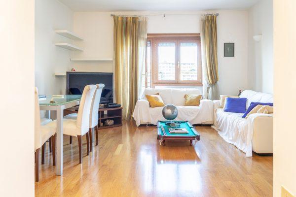Via Aristide Leonori – appartamento ottimo stato