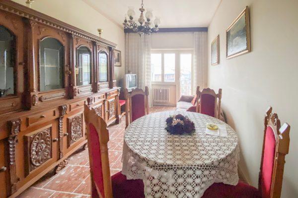 Colli Albani –   2 locali  � 279000 T202